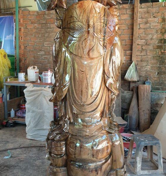 tượng phật di lặc gỗ thủy tùng đa sắc cao 2m10