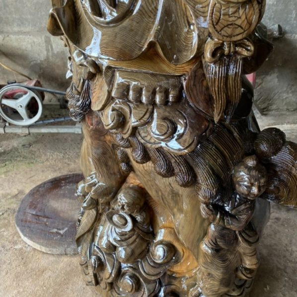 Tượng phật di lặc đứng lân gỗ thủy tùng đa sắc 172-58