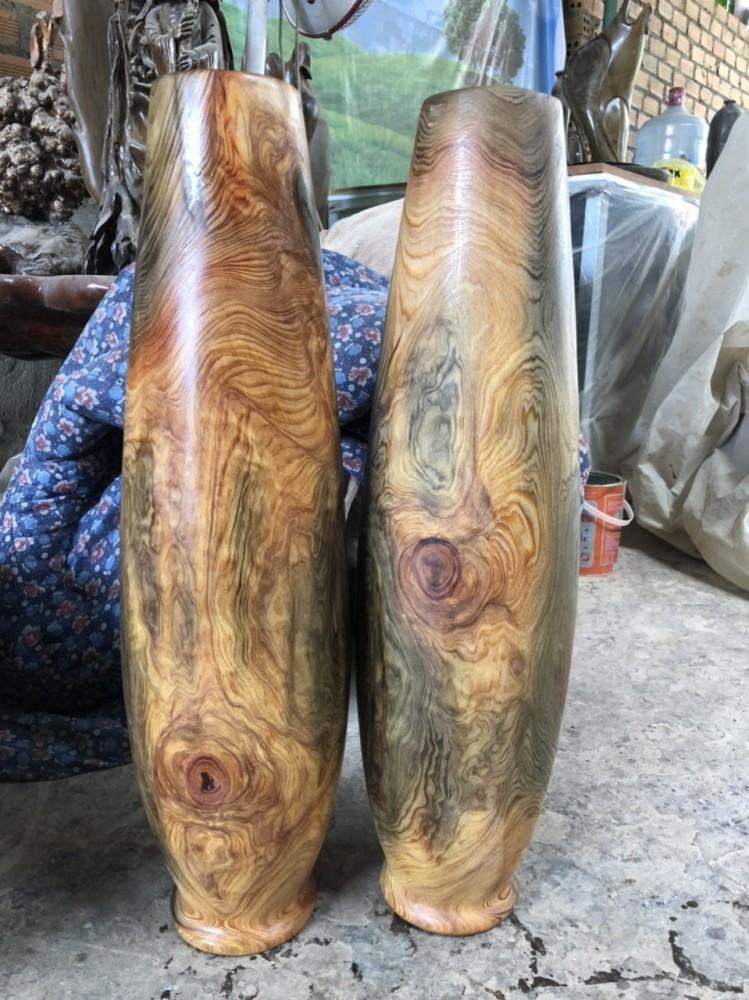Sản phẩm đã phủ sơn lót nước đầu , vân gỗ càng thêm nổi bật và rõ nét.