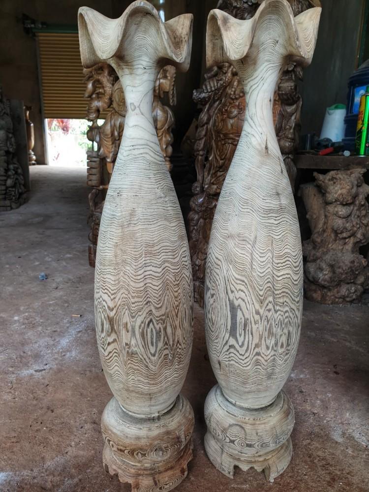 Cặp lục bình gỗ thủy tùng siêu vân